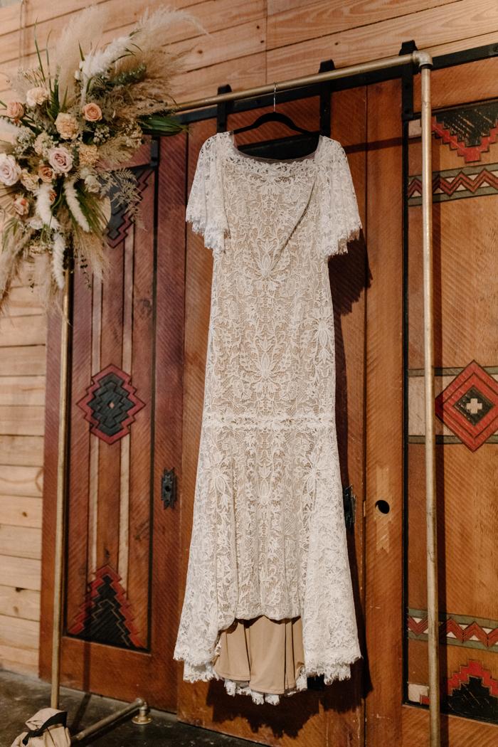 Vestido colgante de boda de imitación grande