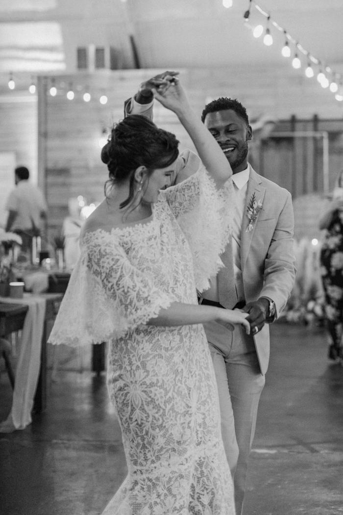 Gran boda falsa primer baile
