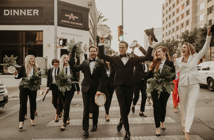 fiesta de bodas en la calle