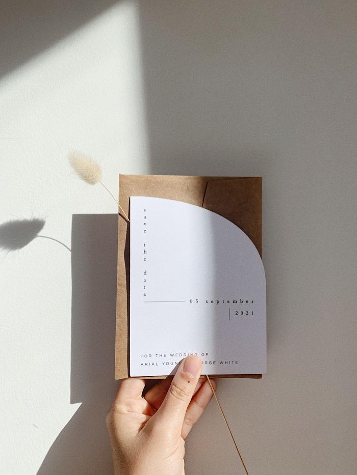 línea curva guardar fecha