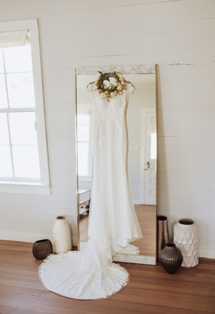 Vestido de novia de Gillian Menzie Photography