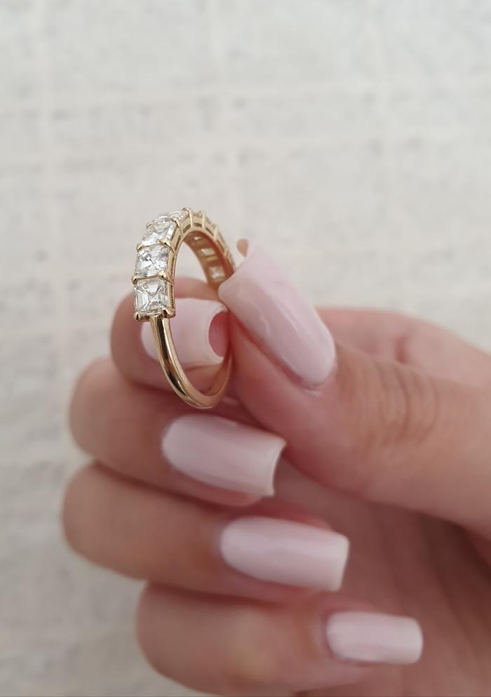 anillo de mano